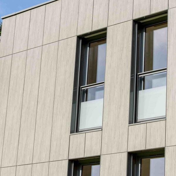 Visuel Panneau MEG HPL extérieur 4200 x 1610 x 6 mm 2 faces décor Finition SEI 819 blanc