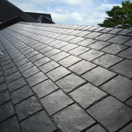 Panneau de toiture Imitation Ardoise 133.6 x 56,5 x 1,1 cm Gris carbone